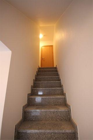 Appartement rénové AUDUN LE TICHE 64 m² ()
