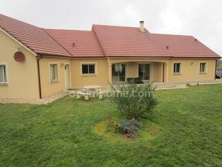 Maison GUERET 140 m² ()