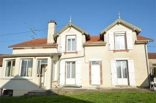 Maison de village EPINONVILLE 106 m² ()