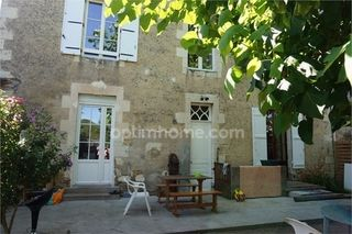 Maison bourgeoise CHEFFES 140 m² ()