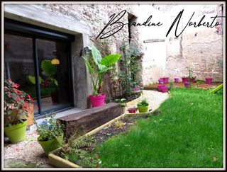 Maison de caractère VERTAIZON 166 m² ()