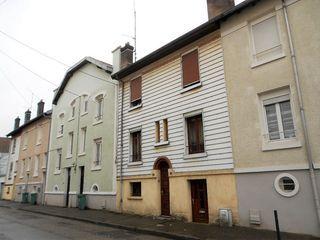 Maison de village MALZEVILLE 90 m² ()