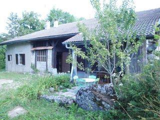 Maison de campagne BRENOD 200 m² ()