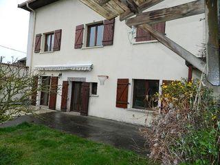 Maison de village XERMAMENIL 209 m² ()