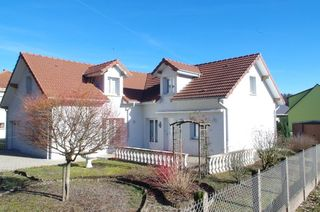 Maison individuelle MAGNY VERNOIS 125 m² ()