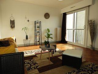 Appartement SAINT MAUR DES FOSSES 42 m² ()