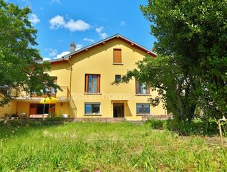 Maison MALZEVILLE 153 m² ()