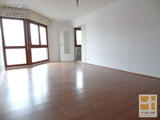 Appartement NANCY 72 m² ()