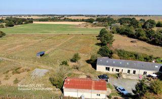 Maison en pierre ANCENIS 270 m² ()