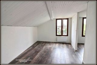 Appartement CARRIERES SOUS POISSY 33 m² ()