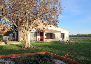 Maison de campagne SAINT SULPICE DE COGNAC 128 m² ()