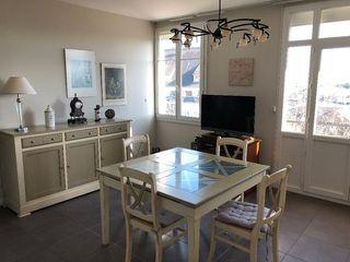 Appartement rénové TOURS 57 m² ()