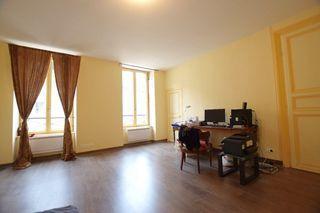Maison de ville AVALLON 185 m² ()