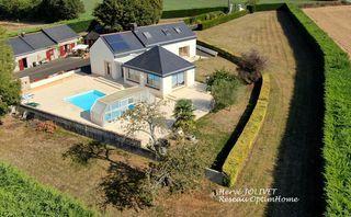 Corps de ferme ANCENIS 280 m² ()