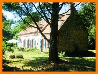 Maison de caractère VERNEUIL SUR AVRE 132 m² ()