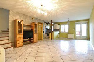 Maison de village OEUTRANGE 120 m² ()