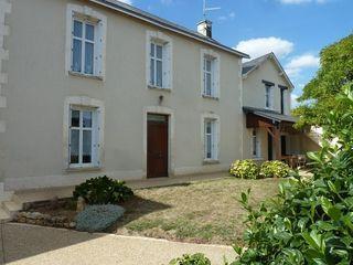 Maison de village MIREBEAU 138 m² ()