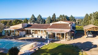 Villa d'architecte CARCASSONNE 390 m² ()
