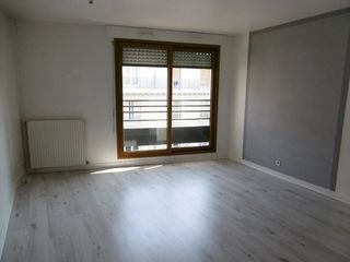 Appartement LEVALLOIS PERRET 25 m² ()