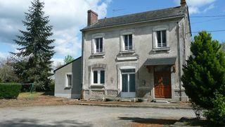 Maison en pierre ANCENIS 115 m² ()