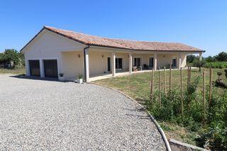 Maison plain-pied SAINT PIERRE DE BOEUF 154 m² ()