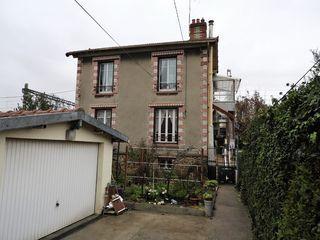 Maison VILLENEUVE LE ROI 92 m² ()