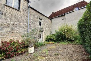 Maison NEUVILLE SUR SEINE 150 m² ()