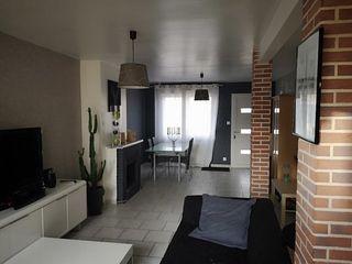 Maison AMIENS 93 m² ()