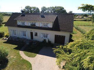 Maison SAINT JUNIEN 130 m² ()