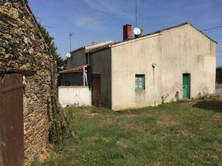 Maison plain-pied CHATEAU GUIBERT 80 m² ()