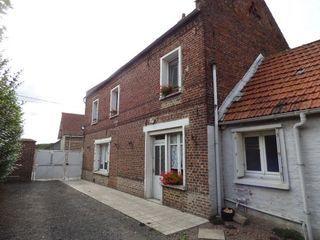 Maison de village ETAING 100 m² ()