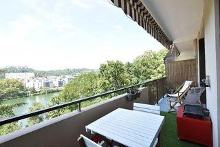 Appartement LYON 4EME arr 65 m² ()