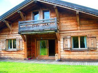 Chalet LES CARROZ D'ARACHES 185 m² ()