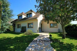 Maison MAULE 210 m² ()