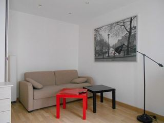 Appartement PARIS 10EME arr 30 m² ()
