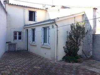 Maison TRIAIZE 90 m² ()