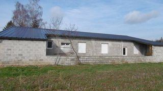 Maison VILLEREVERSURE 200 m² ()