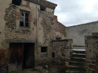 Maison à rénover BRENAT 60 m² ()