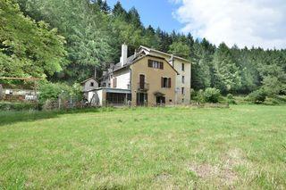 Propriété AURILLAC 443 m² ()