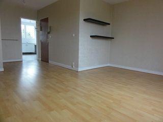Appartement en résidence FLEURY LES AUBRAIS 63 m² ()