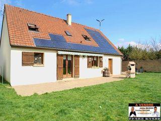 Maison NOGENT LE ROI 130 m² ()