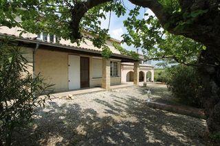 Maison SAINT DENIS 236 m² ()