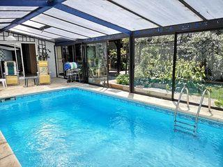Villa PERIGUEUX 350 m² ()