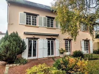 Maison HOUVILLE LA BRANCHE 243 m² ()