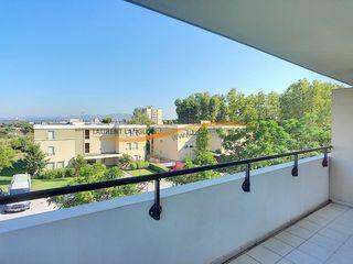 Appartement en résidence MARSEILLE 13EME arr 65 m² ()