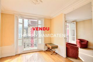 Appartement bourgeois ARGENTEUIL 79 m² ()
