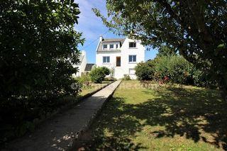 Maison PLOZEVET 108 m² ()