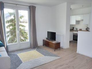Appartement SAINT CYR SUR LOIRE 42 m² ()