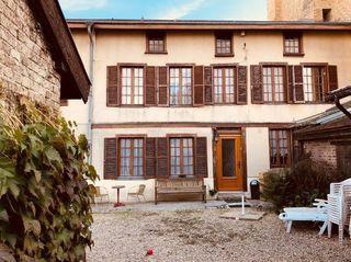 Maison de ville VOUZIERS 190 m² ()