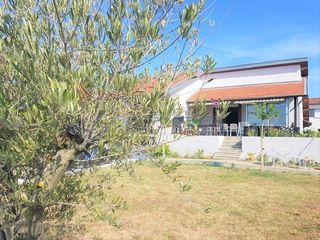 Maison ROUSSILLON 120 m² ()